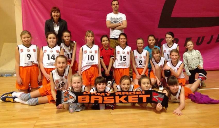 Wspaniały prezent od najmłodszych Basketek!