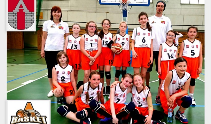 Wspaniałe najmłodsze Basketki...